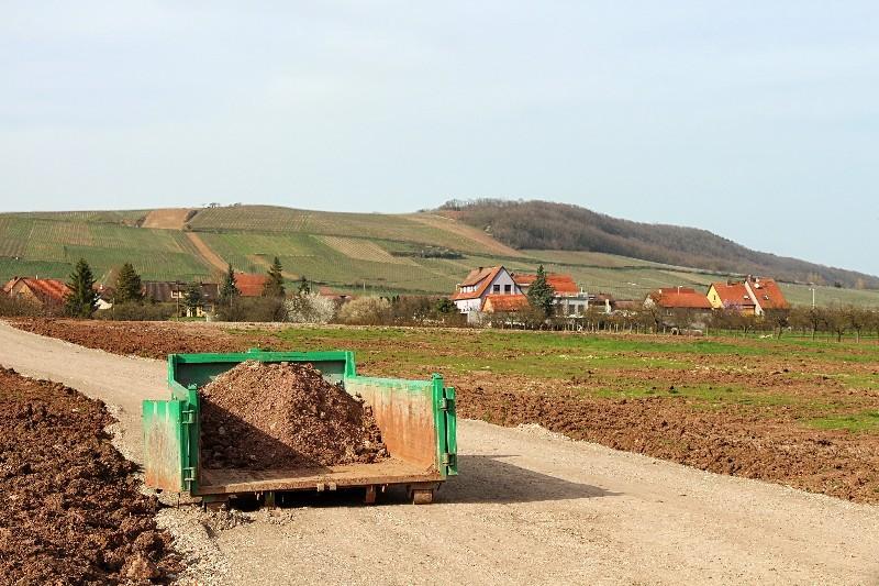 terrassement pour création de chemin d'accès dans l'Hérault   Melia Terrassement