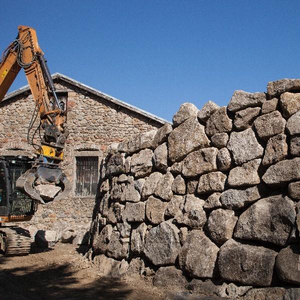 Enrochement de talus et création de murs de soutènement dans l'Hérault | Melia Terrassement