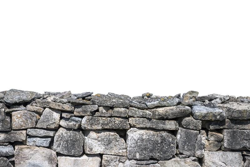 L'enrochement de talus pour sécuriser un terrain en pente dans l'Hérault | Melia Terrassement