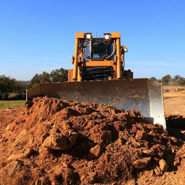 travaux de terrassement important pour votre terrain dans l'Hérault | Melia Terrassement
